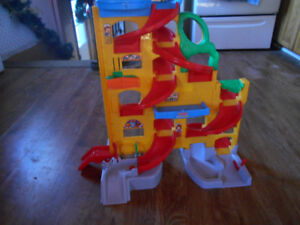 fisherprice sit and stand speedway