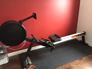 Vo3 R9 Rowing Machine (serious enquiries only)