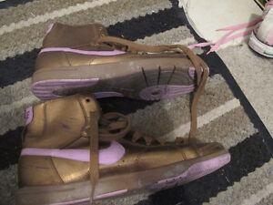 Metalic Bronze and Purple Nike Hi Top Running Shoe womens 9