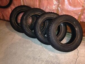 Like new 185/70r14 winter tires