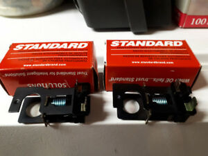 94-04 Mustang Brake Light Switch/lumiere de frein