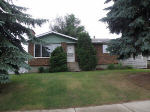 2bedroom bsmt suite centrally located in St Albert, pet friendly