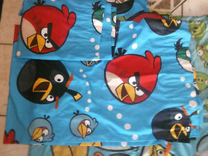 Angry Birds comforter with matching curtains and decals Gatineau Ottawa / Gatineau Area image 1