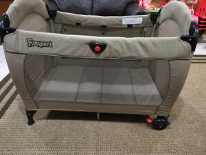 Funsport Collapsible Travel Playpen