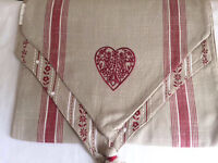Table runner - double sided