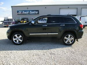 2011 Jeep Grand Cherokee Overland Lthr Roof Nav TV 4x4