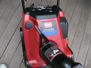 MINT TORO CCR 2450 GAS SNOWBLOWER WITH ELECTRIC STARTER