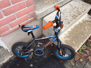 """12"""" Bike with available training wheels"""