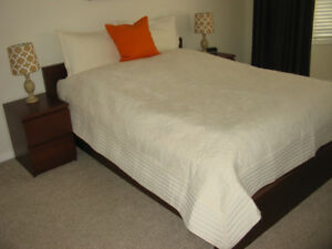 Queen bed cover with 2 pillow cases