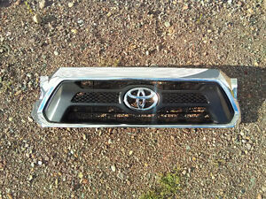 chrome grille for 2012-13 tacoma