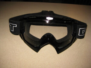 GXT GOGGLES, BRAND NEW, NEVER WORN