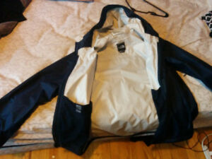 Veste  Northface a Vendre !!! / Northface jacket for sale !!!