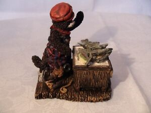 """Cottage Collectibles """"Sneakers-Something Fishy"""" Figurine London Ontario image 4"""