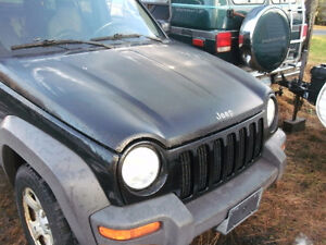 PARTING OUT 2002 JEEP LIBERTY