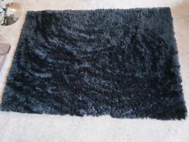 Black Glamour Shaggy Rug 120 x 170cm