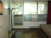 Don mills / Eglinton room highly reduced rent