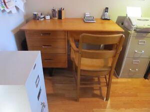 bureau et chaise en érable