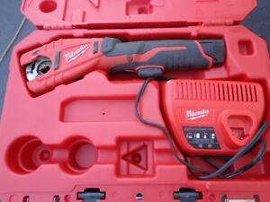 milwaukee 12 volt copper pipe cutter NEW