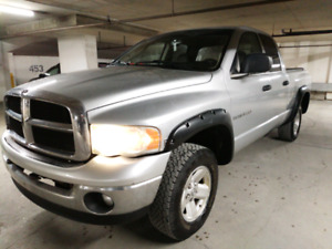 2003 Dodge Ram 1500 extended cab long box 5.7L Hemi
