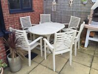 Solid wood all season patio table & chairs