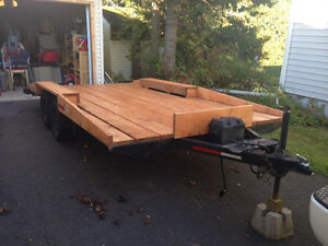 14 feets deck with 2 axles of 3500 lbs