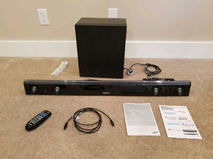 SAMSUNG sound bar with sub woofer
