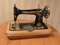 SEWING MACHINE FOR DISPLAY