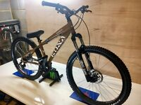 Kona Shred medium Trail jump downhill bike