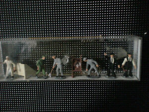 Miniture working people 1/87th scale,  new in package