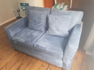 Clean Microfiber Couch For Sale