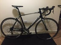 Giant Defy 2 - Tiagra groupset, great condition, recently serviced
