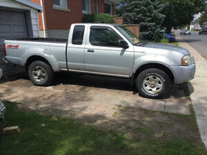 2003 Nissan Frontier 4X4 XE Pickup