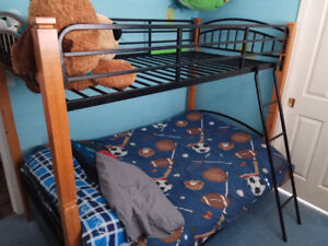 Solid wood and metal single over double bunkbed
