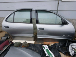 2003-05 Pontiac Sunfire body parts