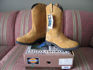 Dickies size 9 safety boots - brand new, less than half price!