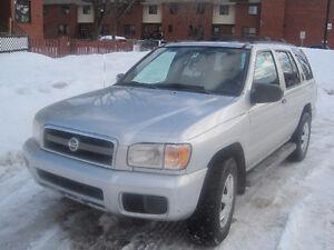 2003 Nissan Pathfinder 4x4 VUS, Automatique, A/C, CD, 3200$