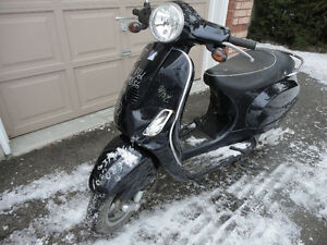 parting out 2007 Vespa LX 150 selling in parts only