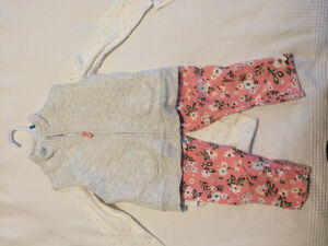 Carter's BNWT 3 piece outfit (18-24 months)