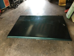 2000 Ford Ranger step side  (tunnel cover)