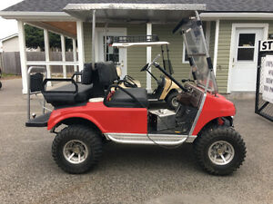 BEAUTIFUL!!! GOLF KART  FOR SALE IN GREAT CONDITION