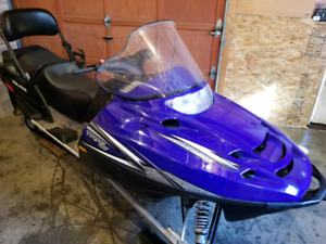 09 Polaris trail touring 550 2up seat only 800 miles*showroom*