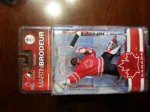 5 NHL Olympic Collectible Figures Belleville Belleville Area image 3