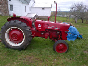 Loader for McCormick International farm tractor