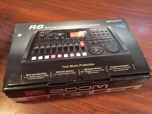 Zoom R8 recording interface