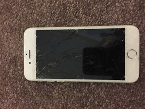 iPhone 6 white cracked screen