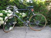 10 Speed Raleigh Road Bike - Velo - Bicycle