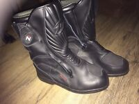 Ladies Size 4 Motorcycle boots