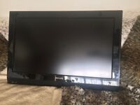 """32"""" TV with Wall Mount"""