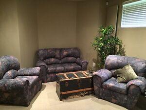 Living room set (3 sofas) West Island Greater Montréal image 1