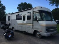 1989 33' Motorhome / RV Winnebago